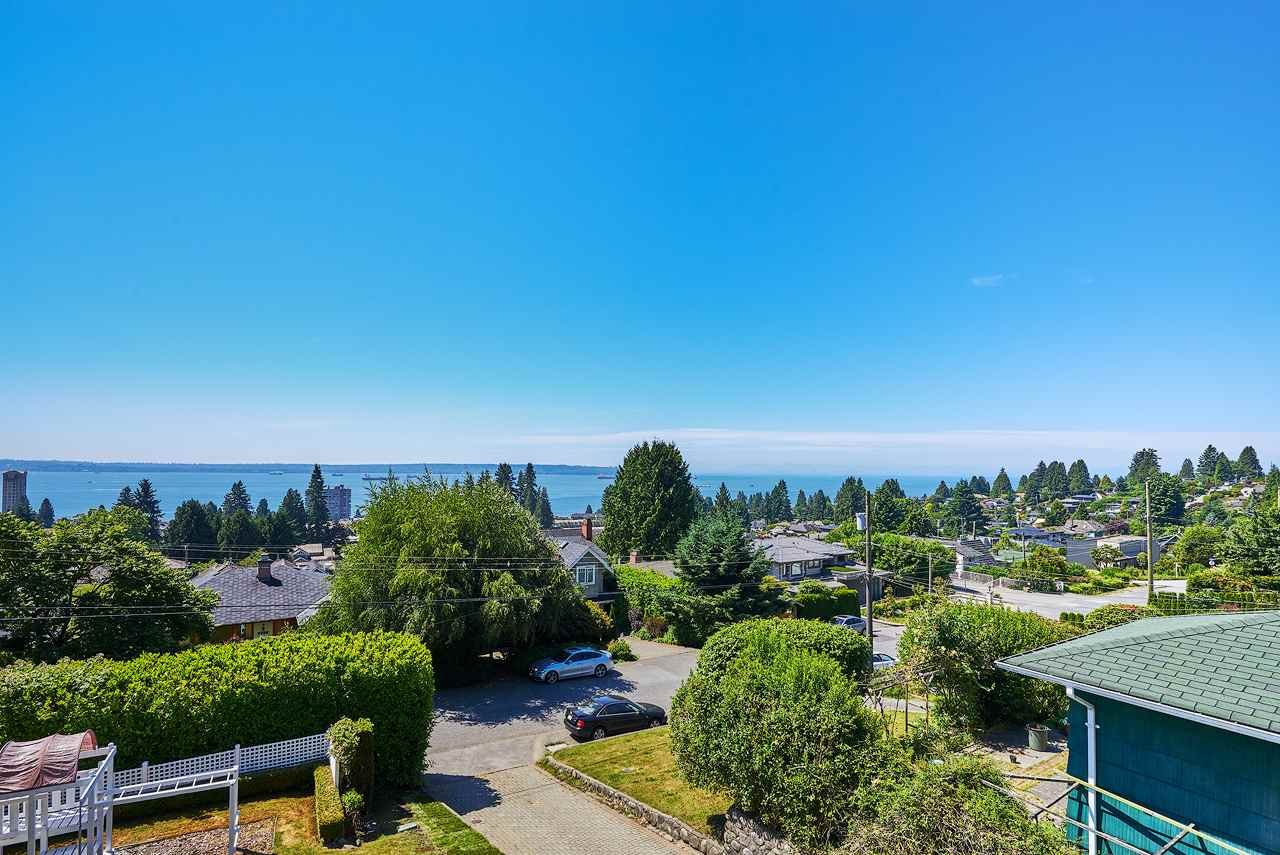 Detached at 2367 NELSON AVENUE, West Vancouver, British Columbia. Image 1