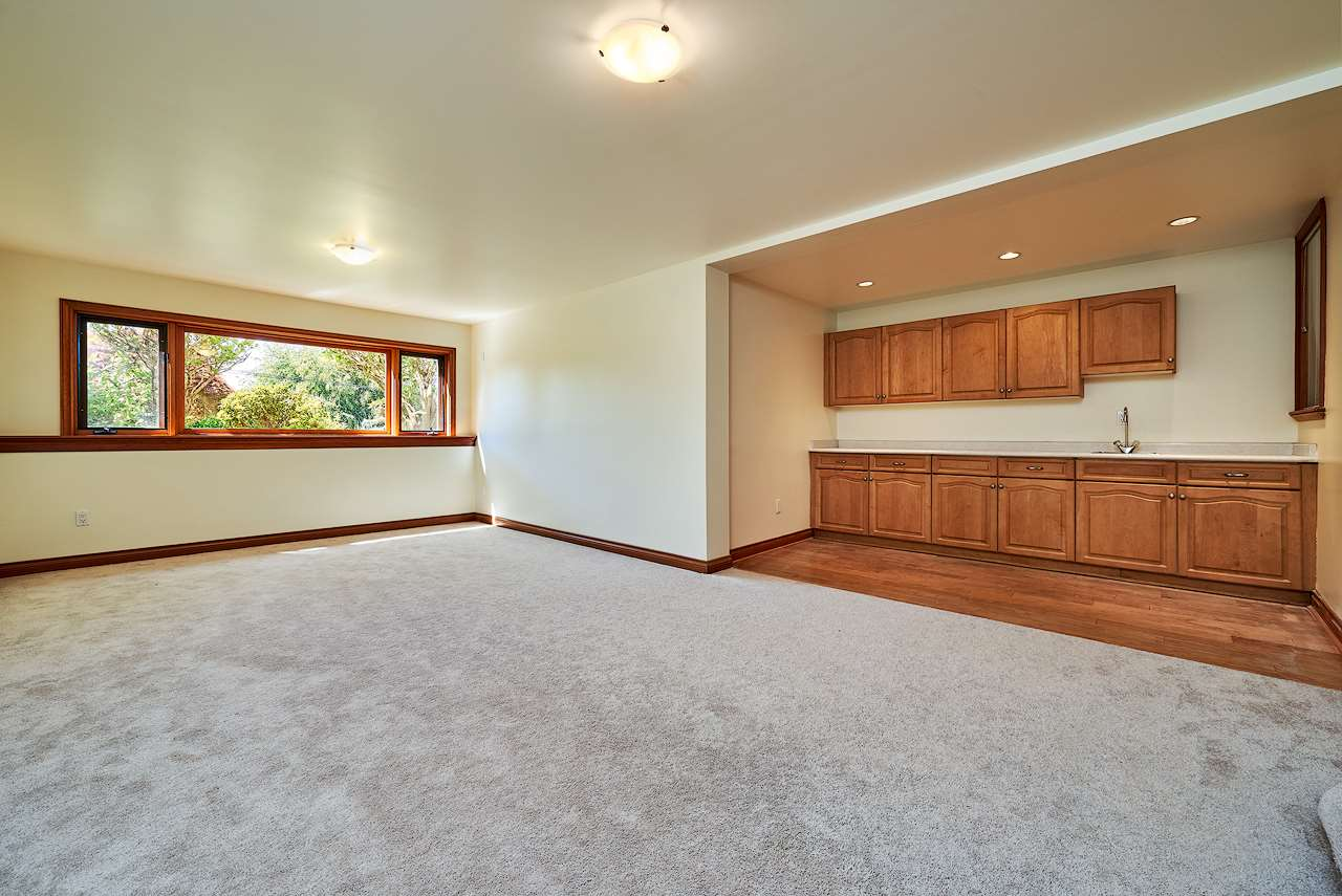 Detached at 2367 NELSON AVENUE, West Vancouver, British Columbia. Image 17