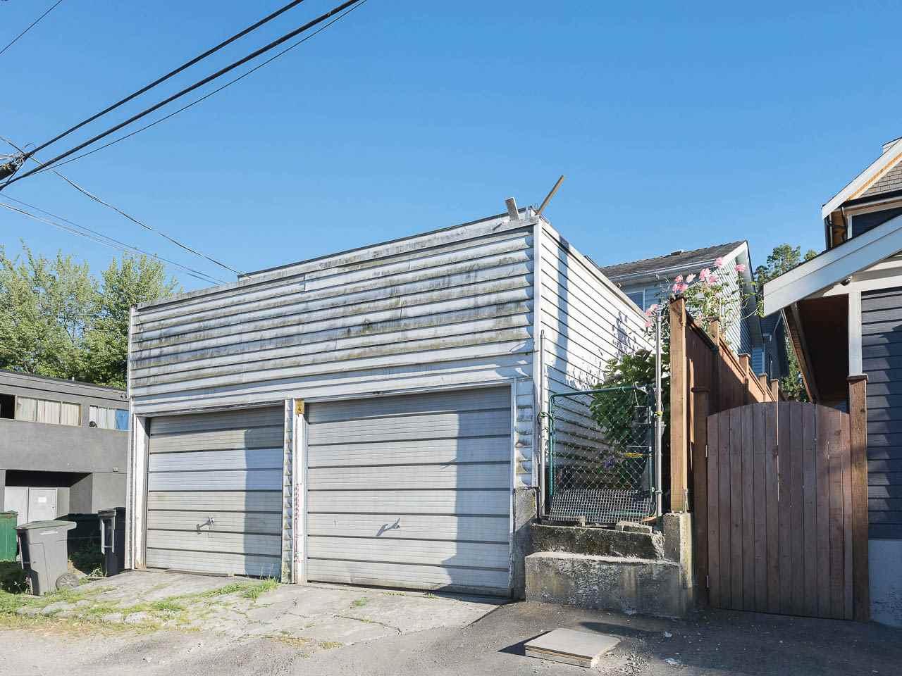 Half-duplex at 1663 E 14TH AVENUE, Vancouver East, British Columbia. Image 19