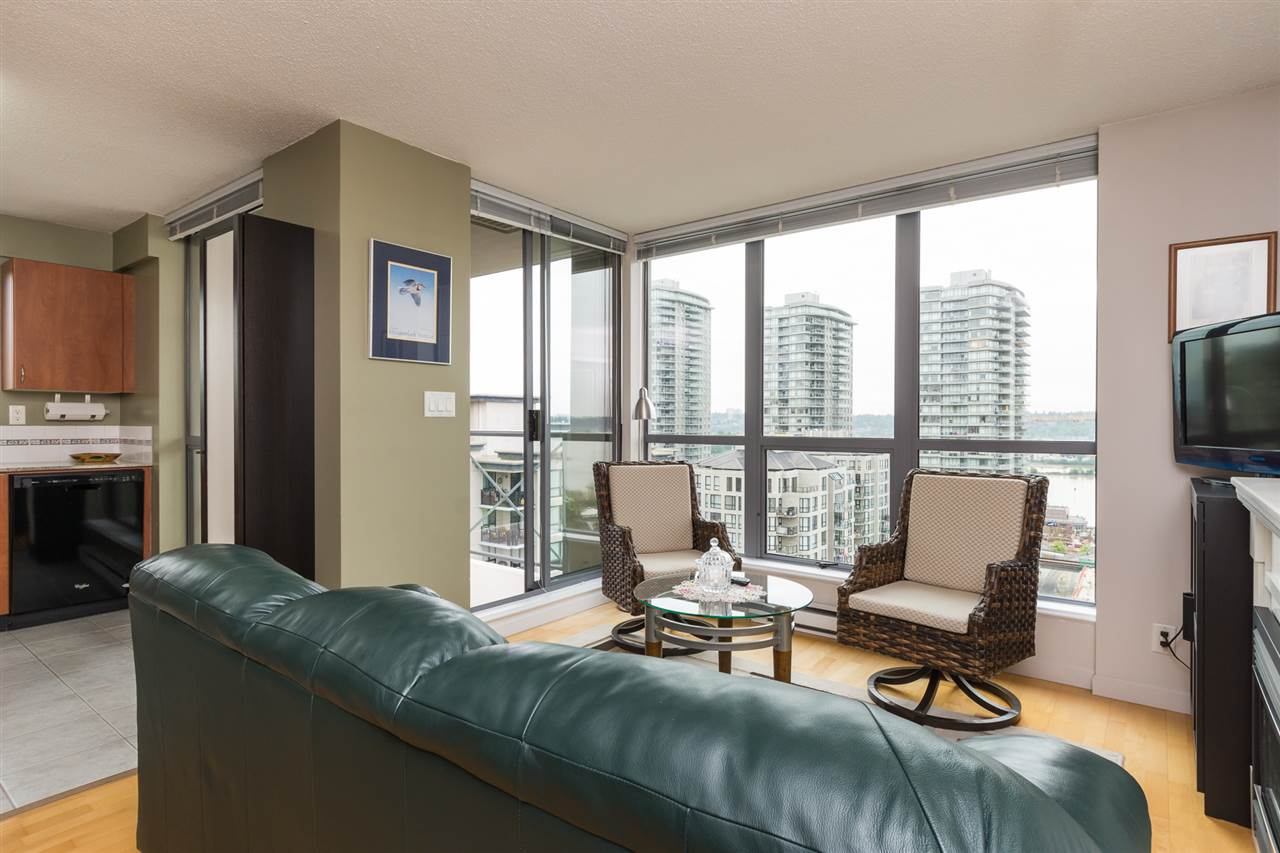Condo Apartment at 1701 850 ROYAL AVENUE, Unit 1701, New Westminster, British Columbia. Image 5