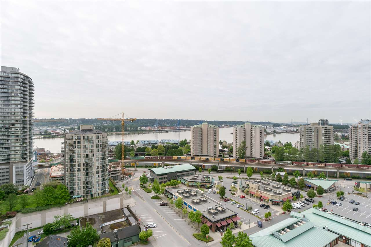 Condo Apartment at 1701 850 ROYAL AVENUE, Unit 1701, New Westminster, British Columbia. Image 10