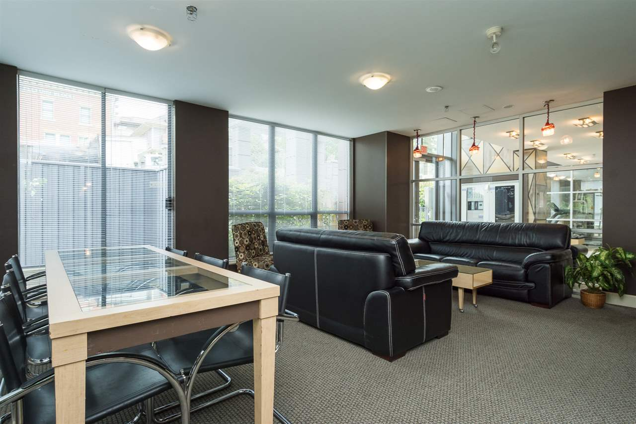 Condo Apartment at 1701 850 ROYAL AVENUE, Unit 1701, New Westminster, British Columbia. Image 20