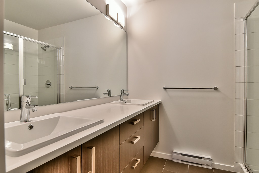 Townhouse at 107 8130 136A STREET, Unit 107, Surrey, British Columbia. Image 4