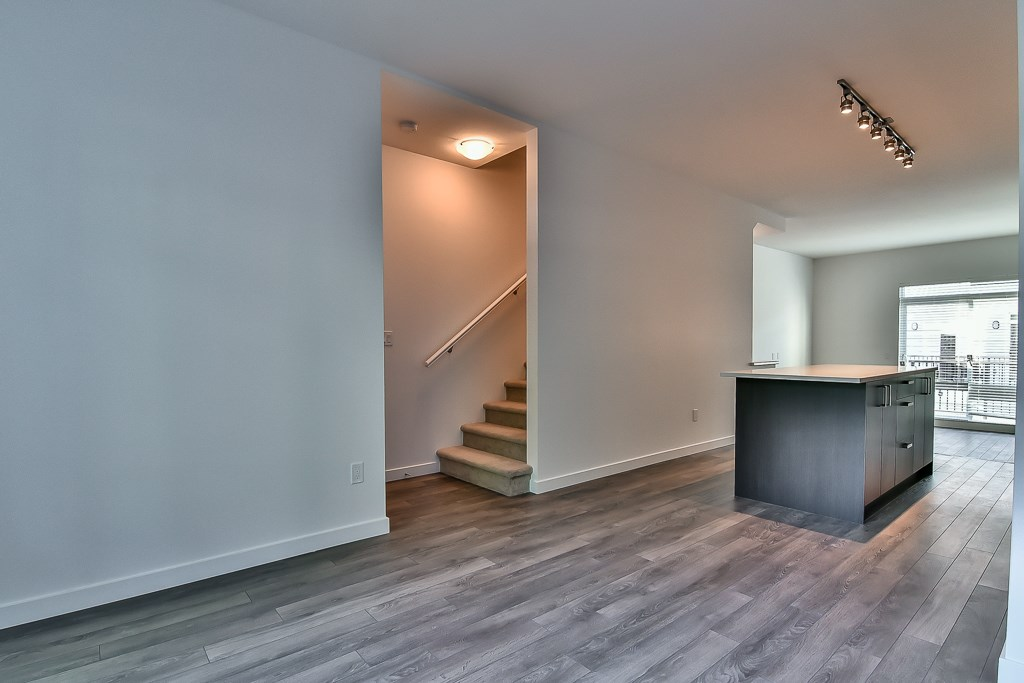Townhouse at 107 8130 136A STREET, Unit 107, Surrey, British Columbia. Image 9