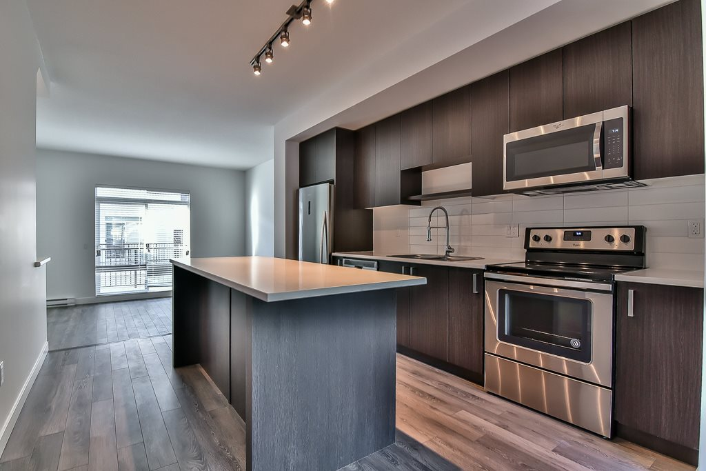 Townhouse at 107 8130 136A STREET, Unit 107, Surrey, British Columbia. Image 11