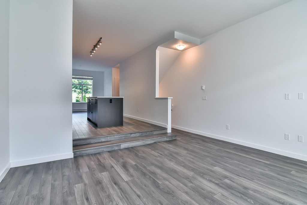Townhouse at 107 8130 136A STREET, Unit 107, Surrey, British Columbia. Image 16