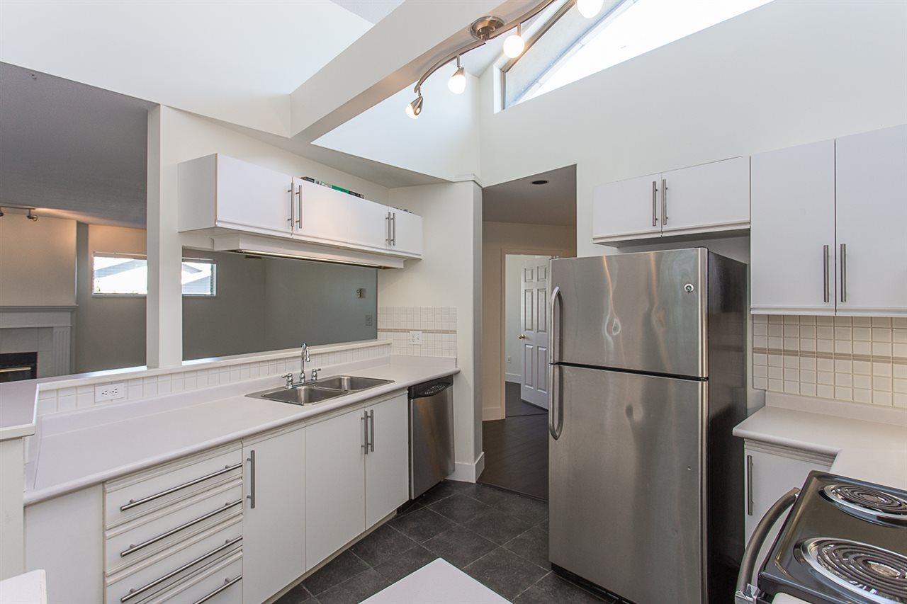 Condo Apartment at 12 33682 MARSHALL ROAD, Unit 12, Abbotsford, British Columbia. Image 7