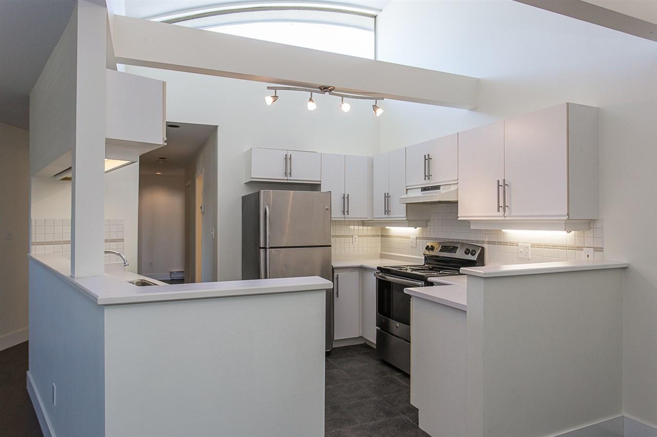Condo Apartment at 12 33682 MARSHALL ROAD, Unit 12, Abbotsford, British Columbia. Image 9