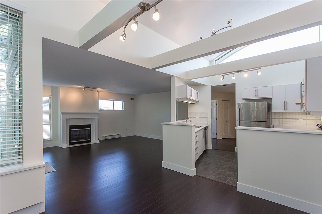 Condo Apartment at 12 33682 MARSHALL ROAD, Unit 12, Abbotsford, British Columbia. Image 11