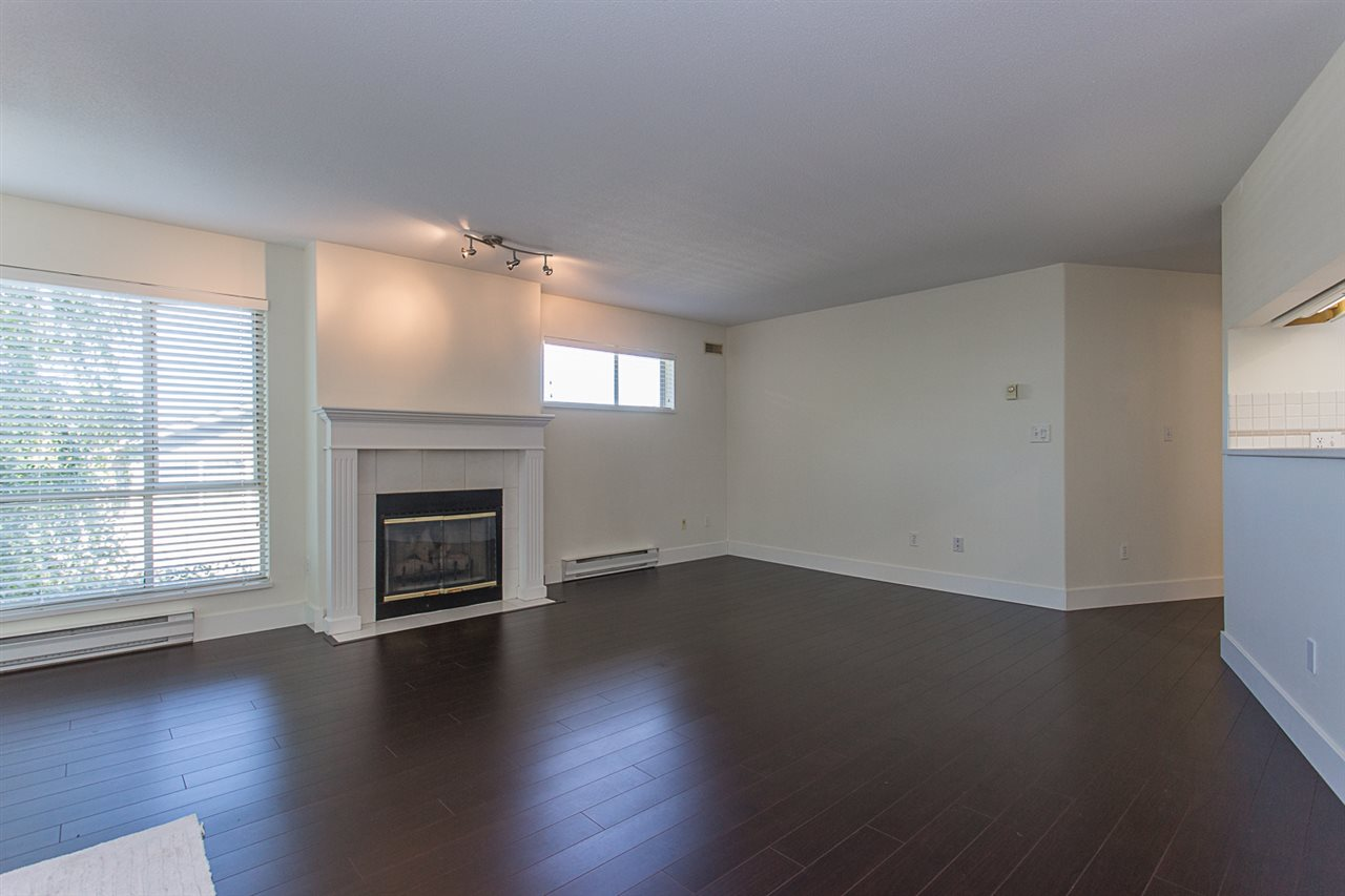Condo Apartment at 12 33682 MARSHALL ROAD, Unit 12, Abbotsford, British Columbia. Image 12