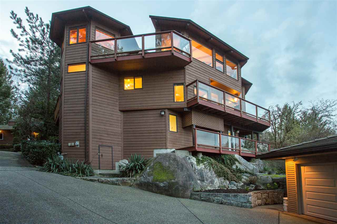 Detached at 1672 ROXBURY PLACE, North Vancouver, British Columbia. Image 20