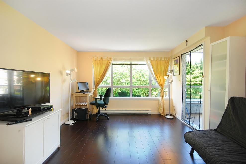 Condo Apartment at 212 3480 YARDLEY AVENUE, Unit 212, Vancouver East, British Columbia. Image 1