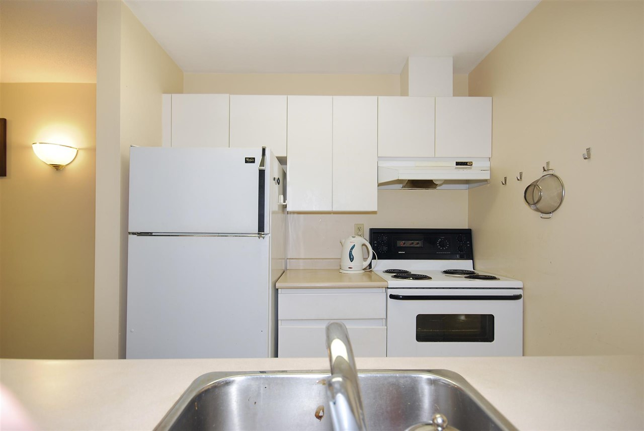 Condo Apartment at 212 3480 YARDLEY AVENUE, Unit 212, Vancouver East, British Columbia. Image 6