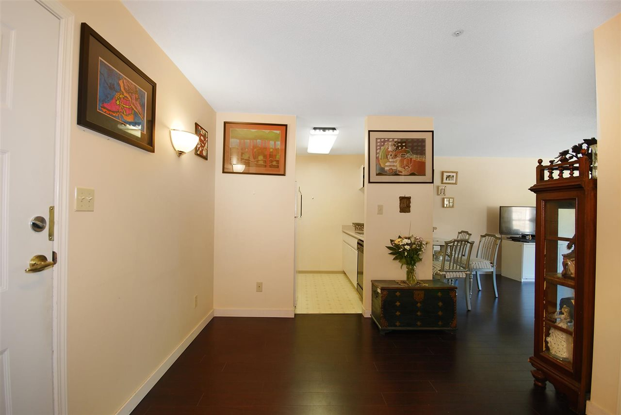 Condo Apartment at 212 3480 YARDLEY AVENUE, Unit 212, Vancouver East, British Columbia. Image 9