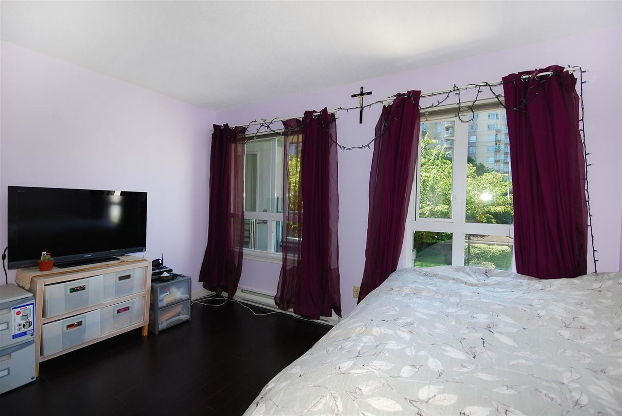 Condo Apartment at 212 3480 YARDLEY AVENUE, Unit 212, Vancouver East, British Columbia. Image 11