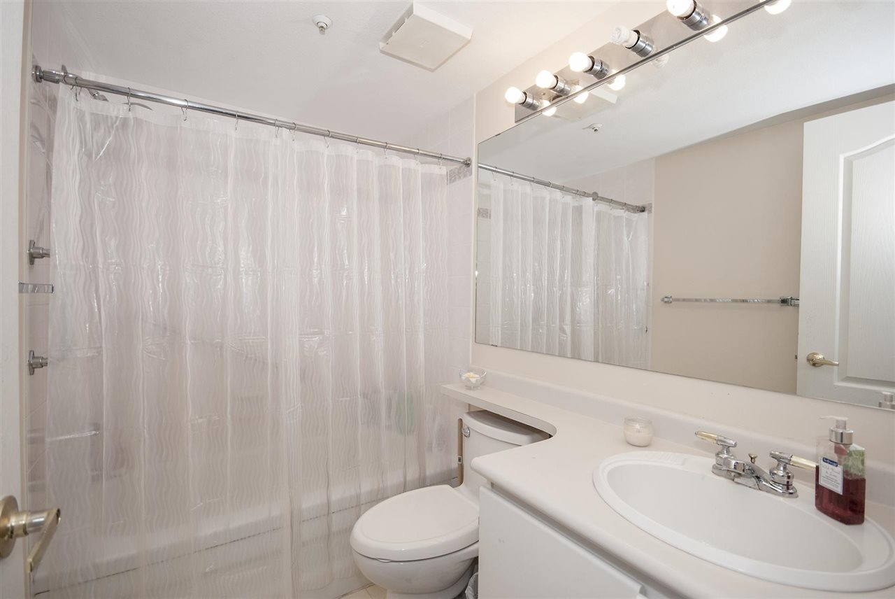 Condo Apartment at 212 3480 YARDLEY AVENUE, Unit 212, Vancouver East, British Columbia. Image 14