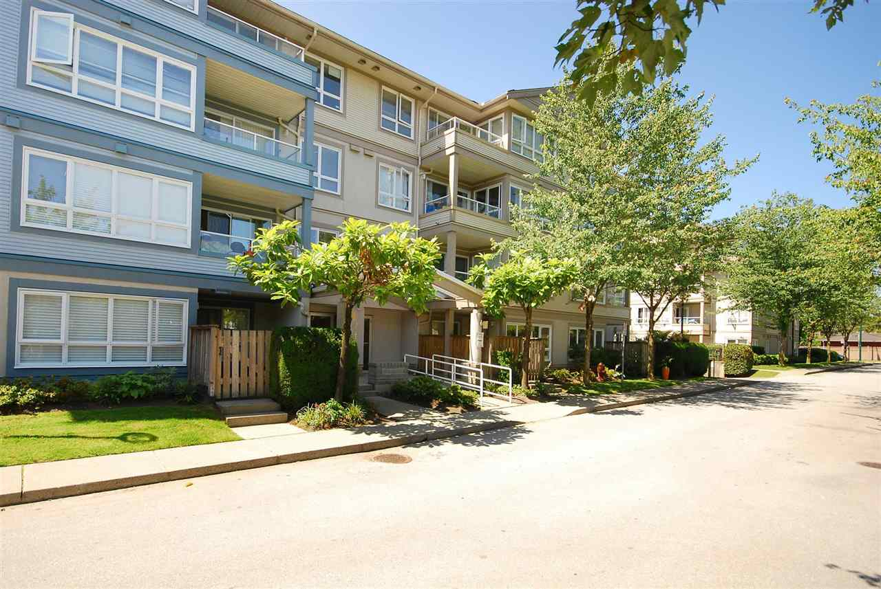 Condo Apartment at 212 3480 YARDLEY AVENUE, Unit 212, Vancouver East, British Columbia. Image 16