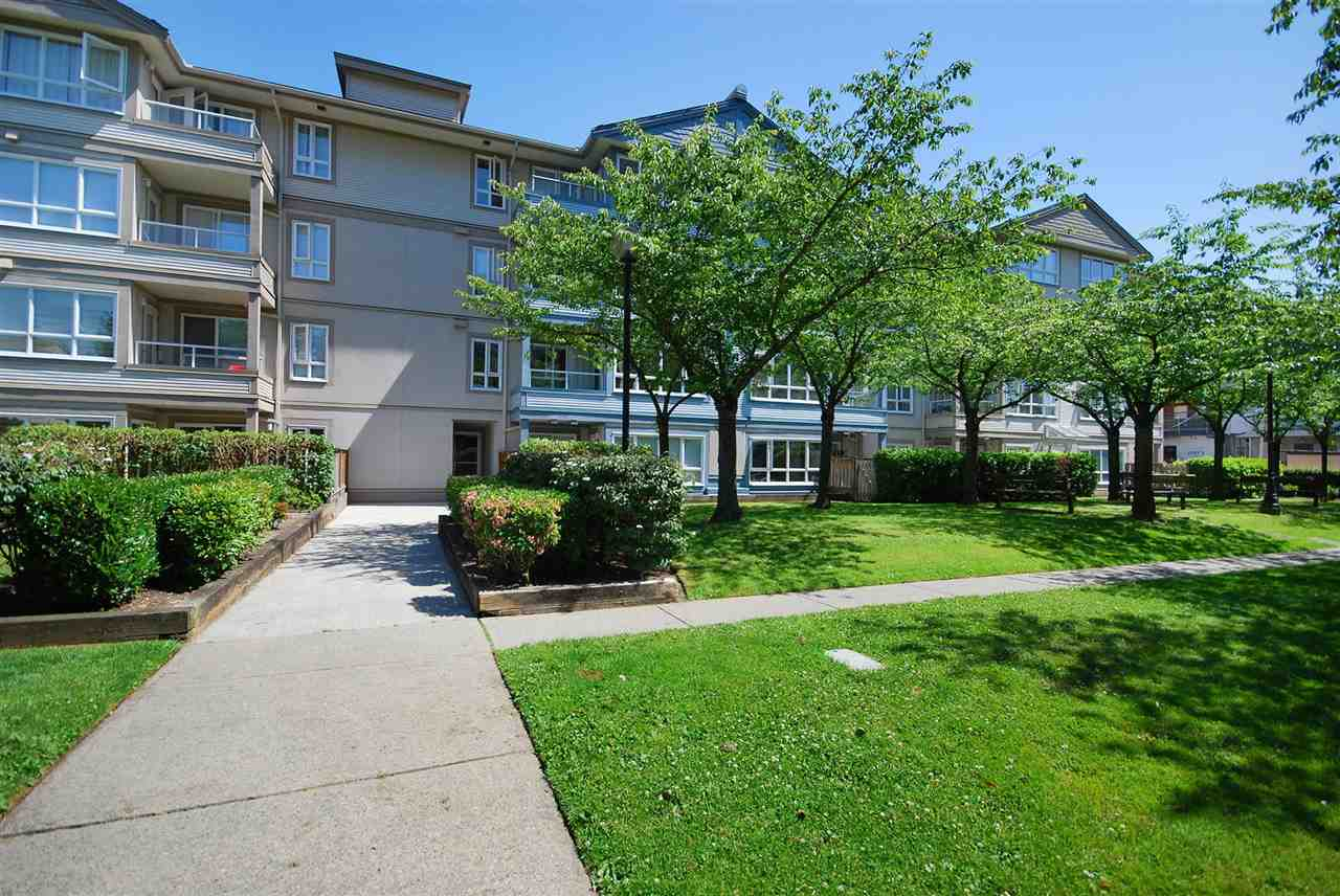 Condo Apartment at 212 3480 YARDLEY AVENUE, Unit 212, Vancouver East, British Columbia. Image 19
