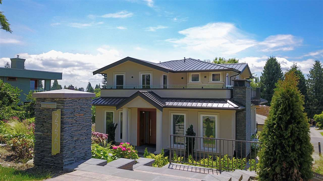 Detached at 2220 LAWSON AVENUE, West Vancouver, British Columbia. Image 1