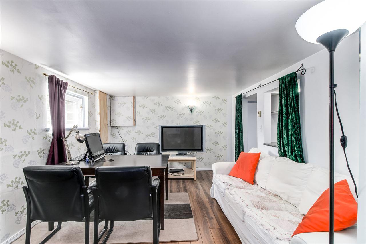Half-duplex at 7251 16TH AVENUE, Burnaby East, British Columbia. Image 9