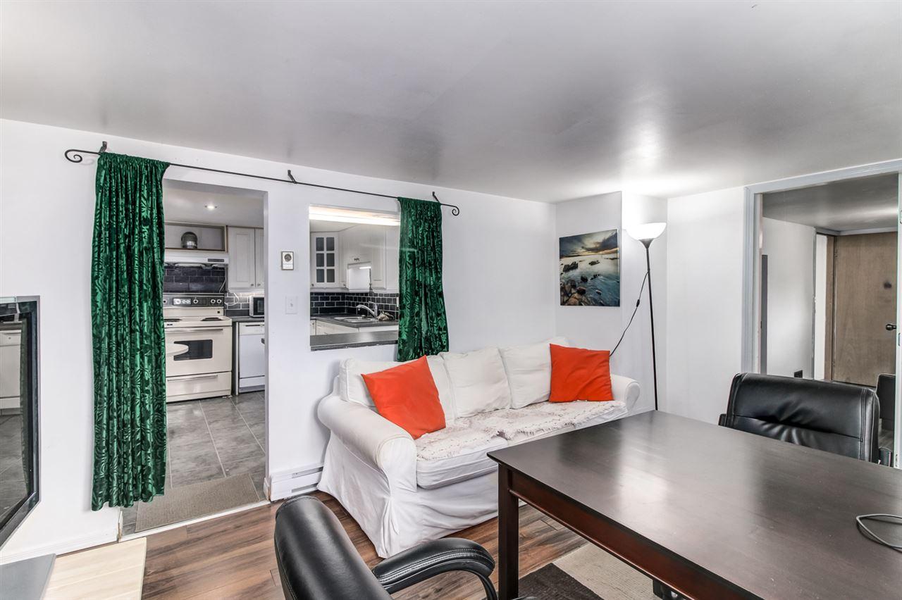 Half-duplex at 7251 16TH AVENUE, Burnaby East, British Columbia. Image 10