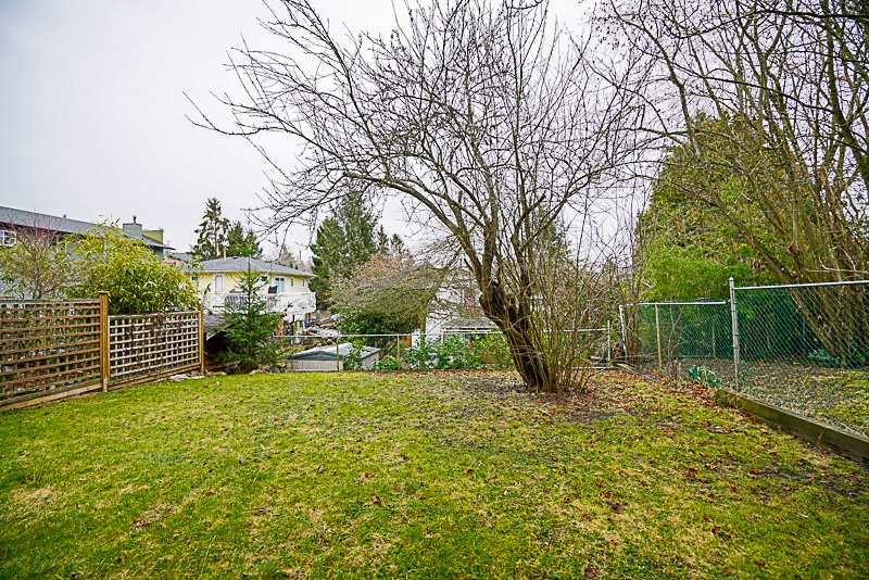 Detached at 872 PARKER STREET, South Surrey White Rock, British Columbia. Image 20