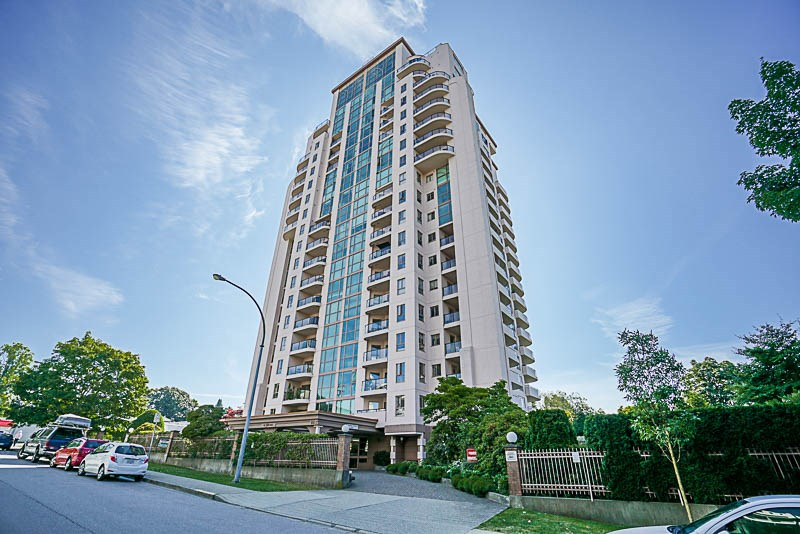 Condo Apartment at 1705 612 FIFTH AVENUE, Unit 1705, New Westminster, British Columbia. Image 1