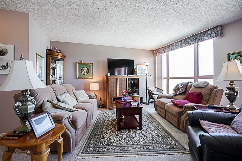 Condo Apartment at 1705 612 FIFTH AVENUE, Unit 1705, New Westminster, British Columbia. Image 6