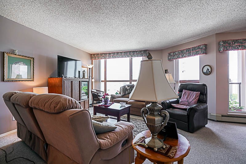 Condo Apartment at 1705 612 FIFTH AVENUE, Unit 1705, New Westminster, British Columbia. Image 7