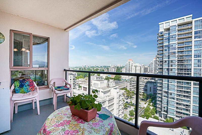 Condo Apartment at 1705 612 FIFTH AVENUE, Unit 1705, New Westminster, British Columbia. Image 14