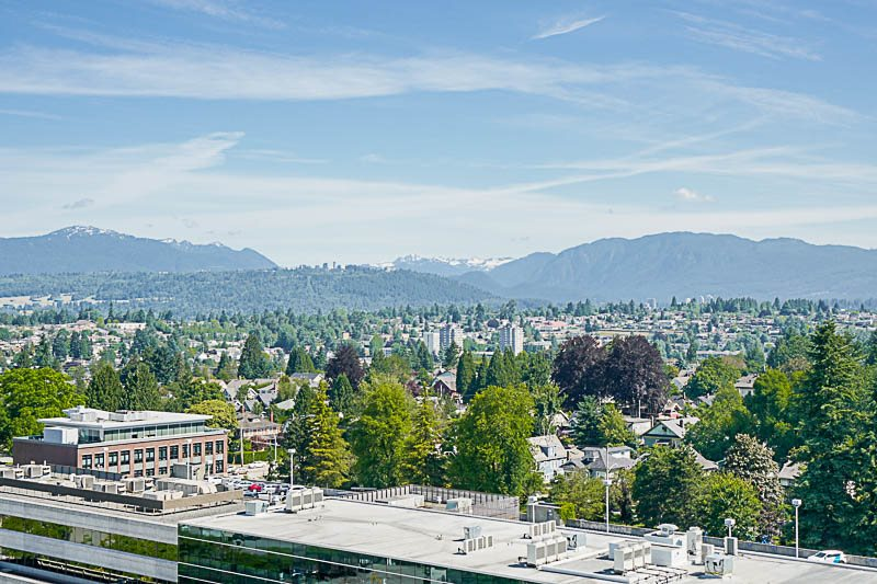 Condo Apartment at 1705 612 FIFTH AVENUE, Unit 1705, New Westminster, British Columbia. Image 15