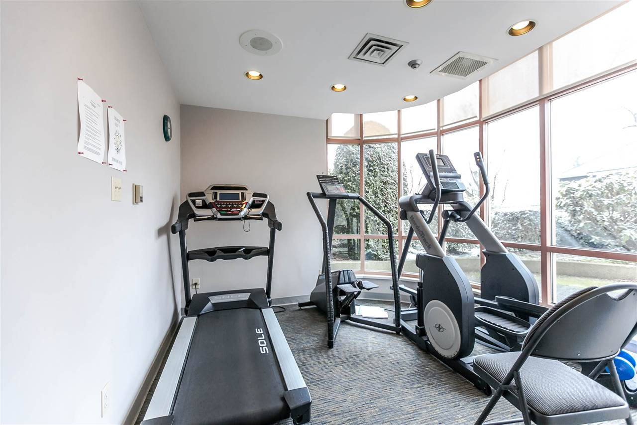 Condo Apartment at 1705 612 FIFTH AVENUE, Unit 1705, New Westminster, British Columbia. Image 20