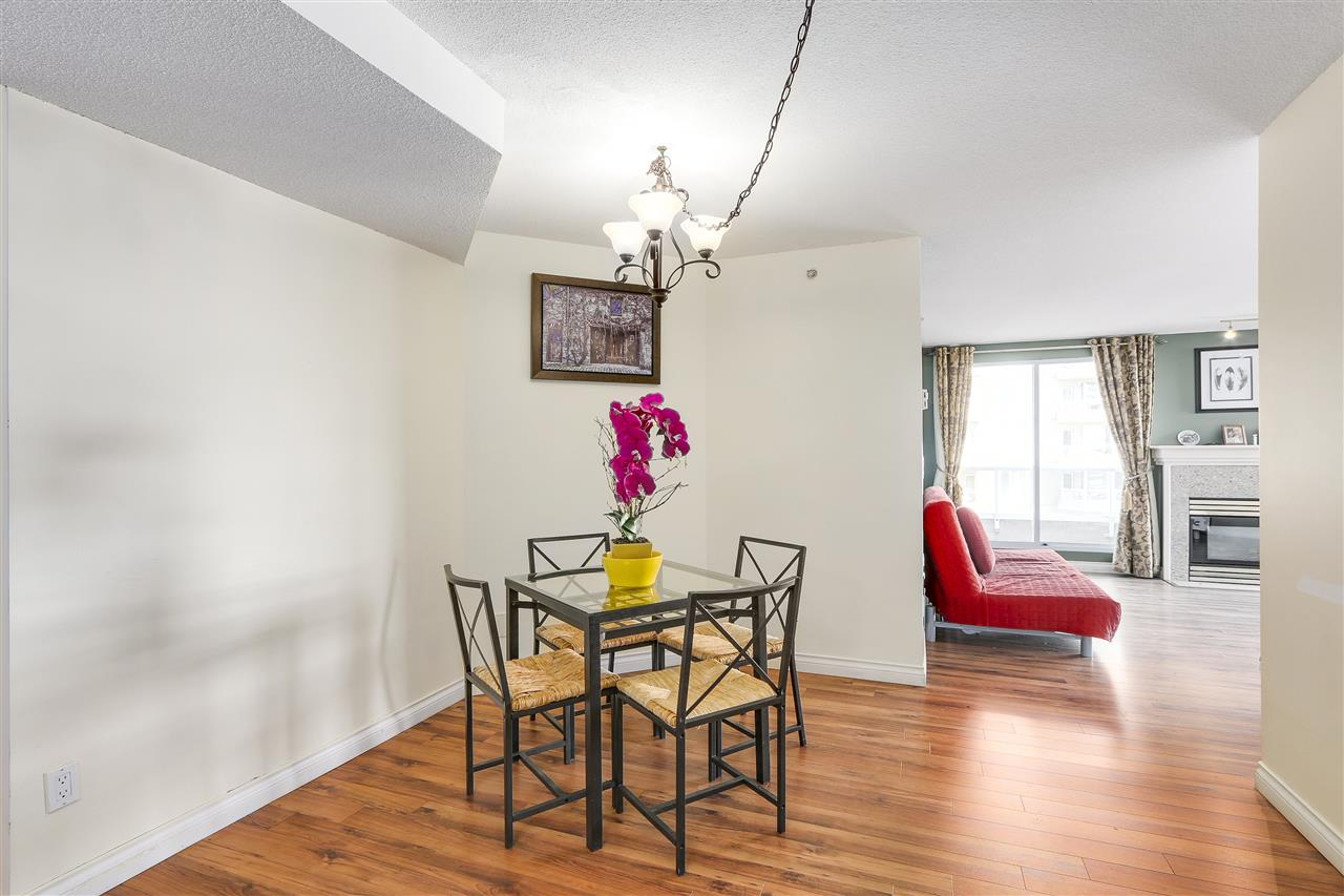 Condo Apartment at 807 1185 QUAYSIDE DRIVE, Unit 807, New Westminster, British Columbia. Image 7