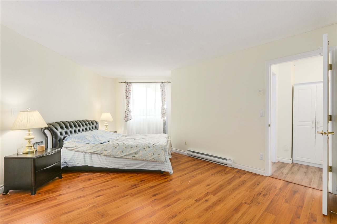 Condo Apartment at 807 1185 QUAYSIDE DRIVE, Unit 807, New Westminster, British Columbia. Image 14