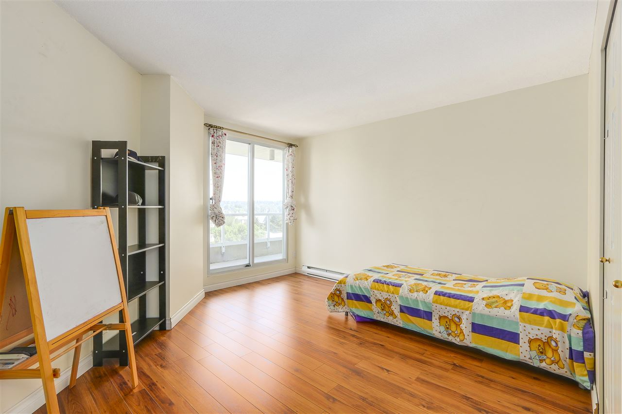 Condo Apartment at 807 1185 QUAYSIDE DRIVE, Unit 807, New Westminster, British Columbia. Image 16