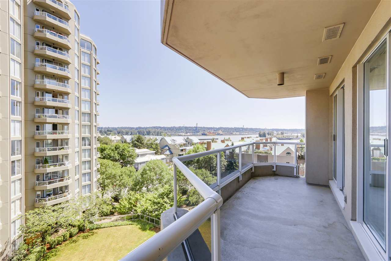 Condo Apartment at 807 1185 QUAYSIDE DRIVE, Unit 807, New Westminster, British Columbia. Image 19