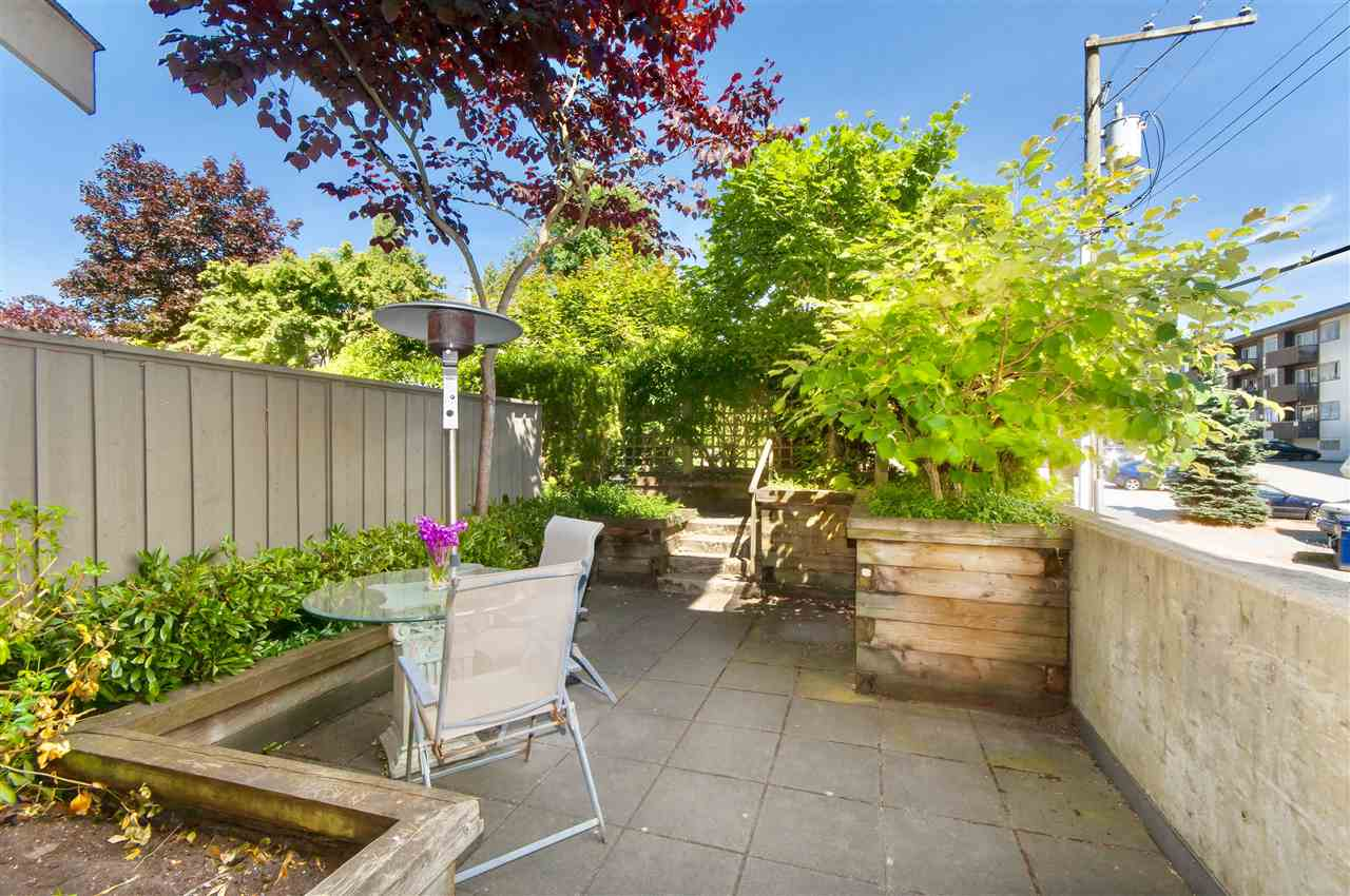 Townhouse at 1650 ST. GEORGES AVENUE, North Vancouver, British Columbia. Image 9