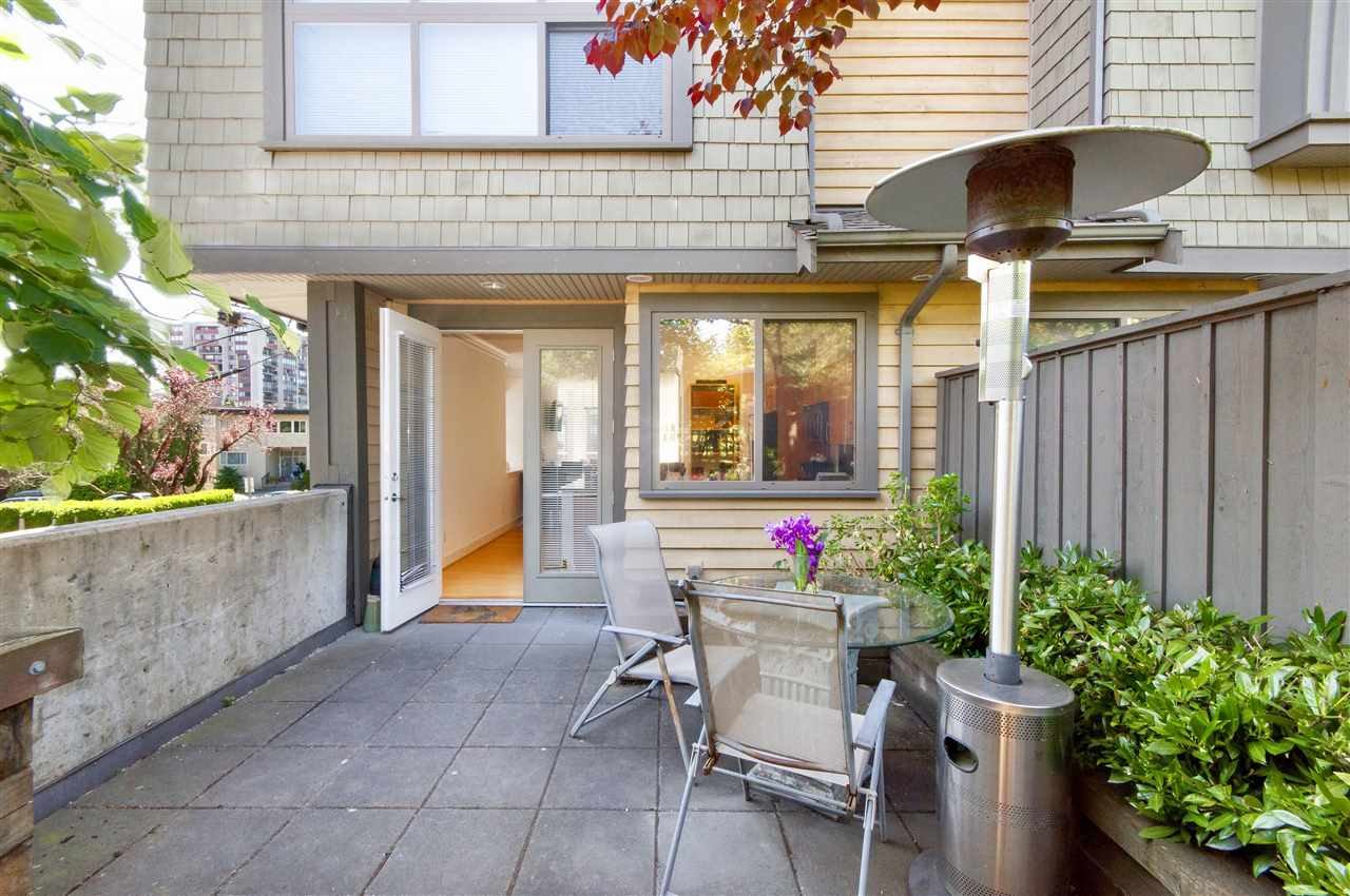 Townhouse at 1650 ST. GEORGES AVENUE, North Vancouver, British Columbia. Image 10