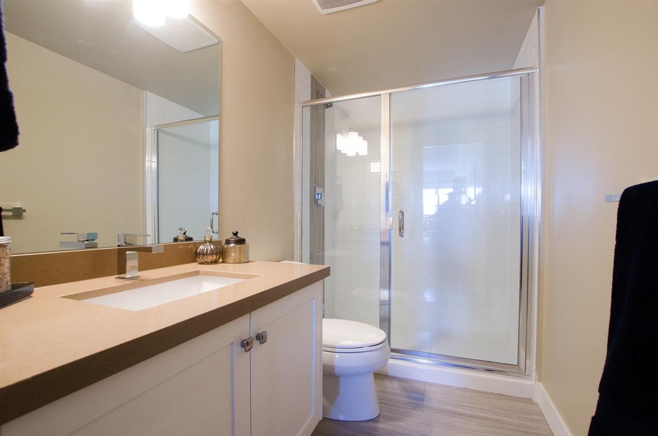 Condo Apartment at 309 4815 55B STREET, Unit 309, Ladner, British Columbia. Image 10