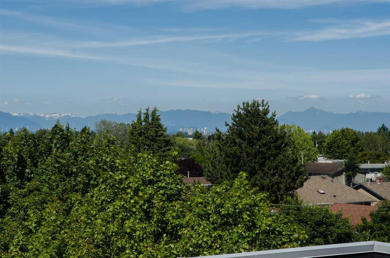Condo Apartment at 309 4815 55B STREET, Unit 309, Ladner, British Columbia. Image 20