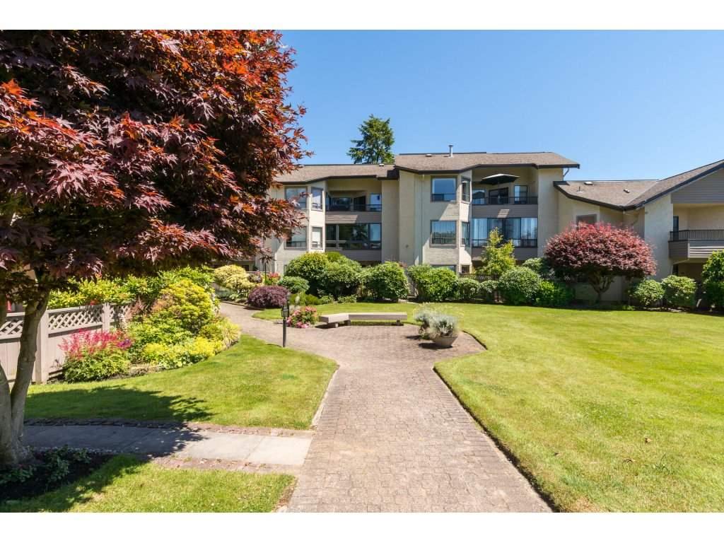 Condo Apartment at 102 14957 THRIFT AVENUE, Unit 102, South Surrey White Rock, British Columbia. Image 1