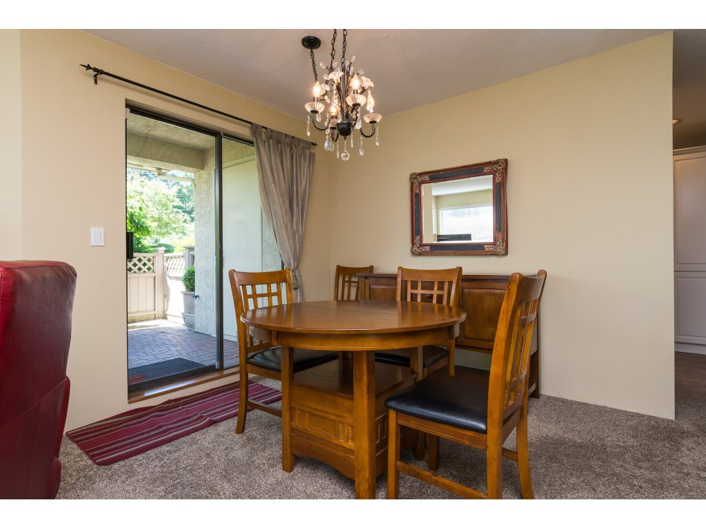 Condo Apartment at 102 14957 THRIFT AVENUE, Unit 102, South Surrey White Rock, British Columbia. Image 7
