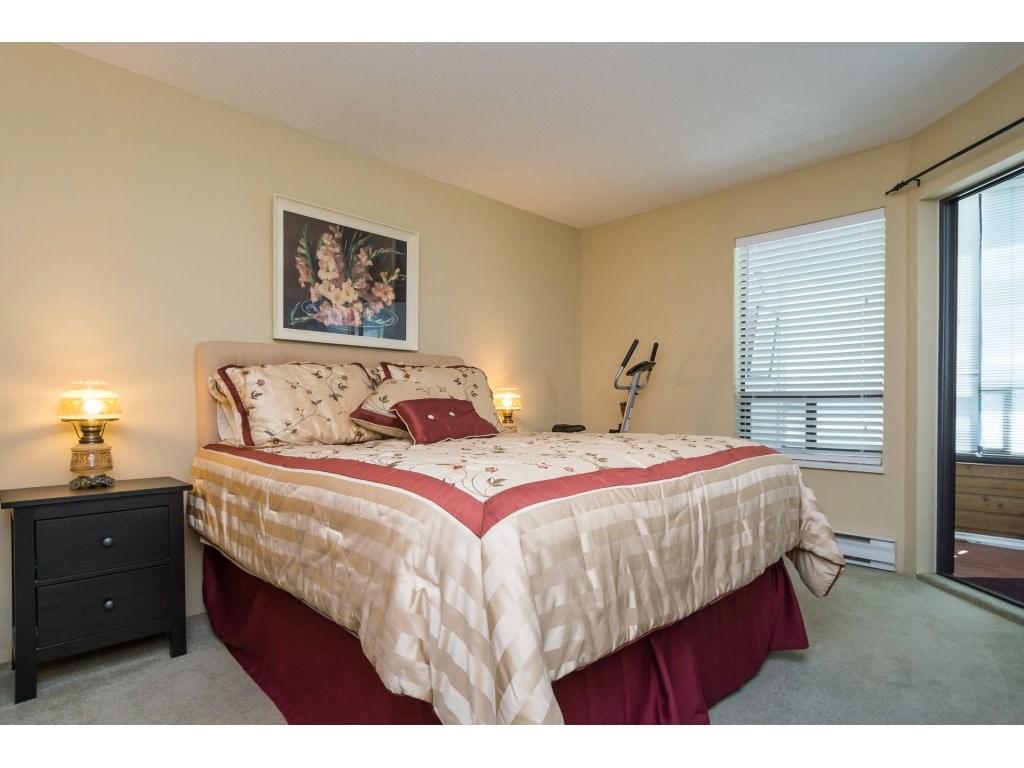 Condo Apartment at 102 14957 THRIFT AVENUE, Unit 102, South Surrey White Rock, British Columbia. Image 11
