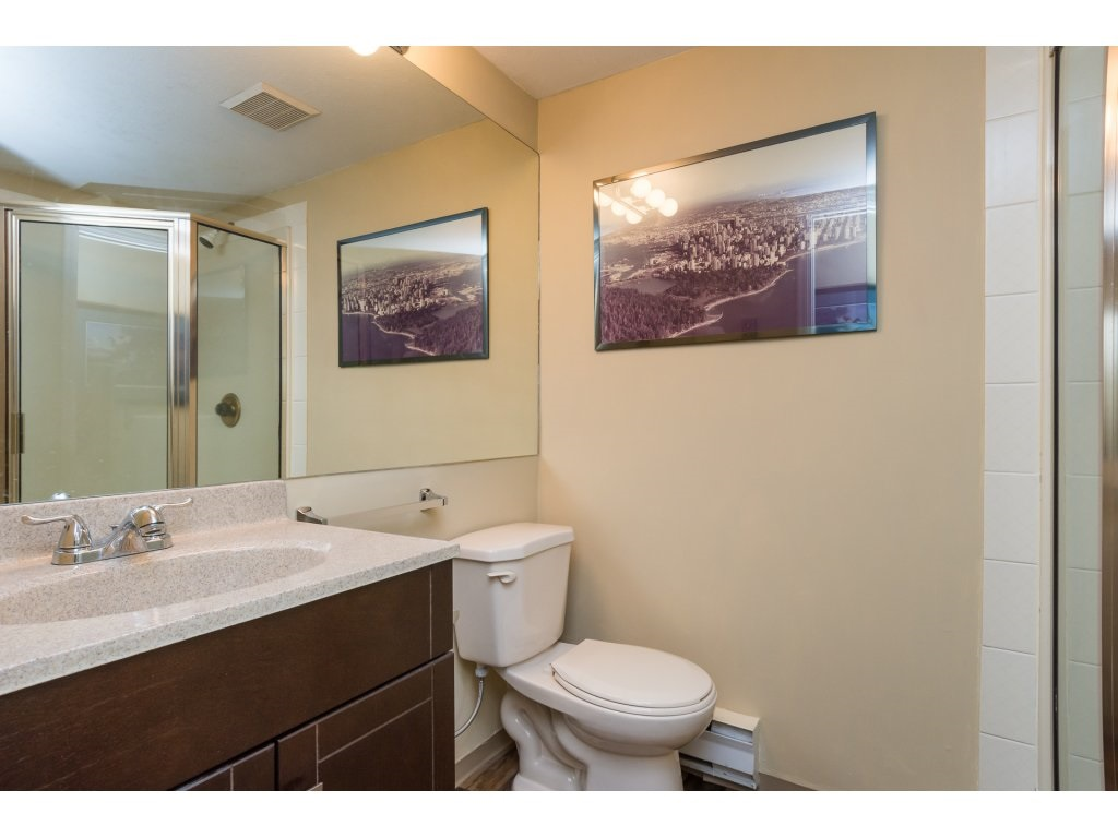 Condo Apartment at 102 14957 THRIFT AVENUE, Unit 102, South Surrey White Rock, British Columbia. Image 14