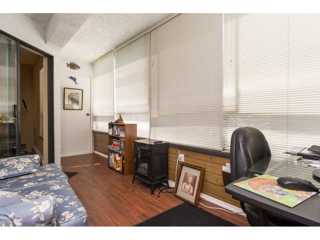 Condo Apartment at 102 14957 THRIFT AVENUE, Unit 102, South Surrey White Rock, British Columbia. Image 16