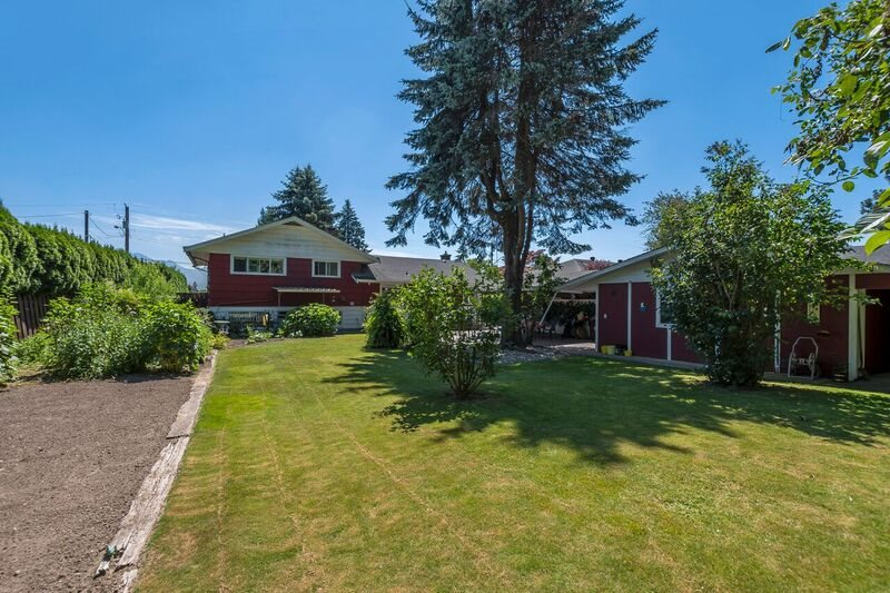 Detached at 45817 BERKELEY AVENUE, Chilliwack, British Columbia. Image 17