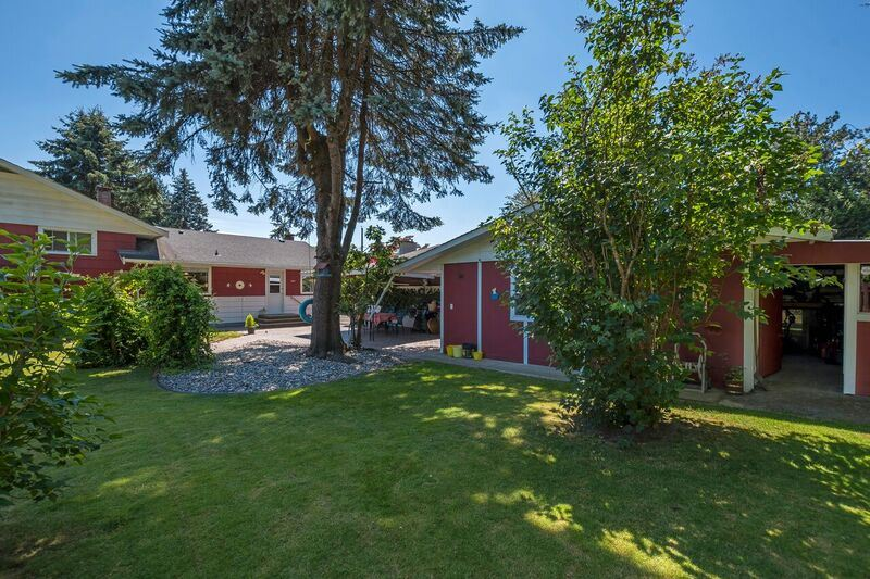Detached at 45817 BERKELEY AVENUE, Chilliwack, British Columbia. Image 18