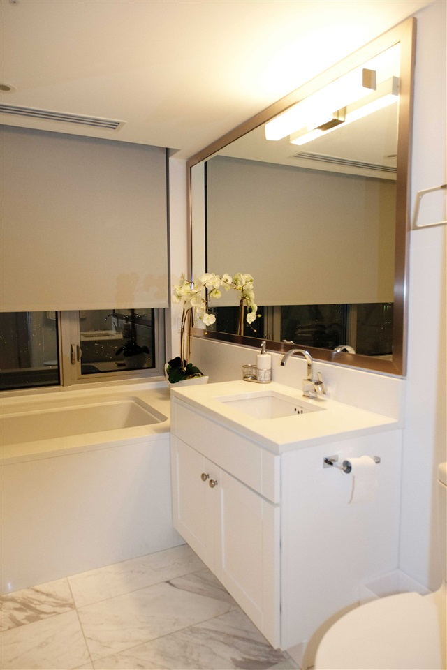 Condo Apartment at 4002 1028 BARCLAY STREET, Unit 4002, Vancouver West, British Columbia. Image 3