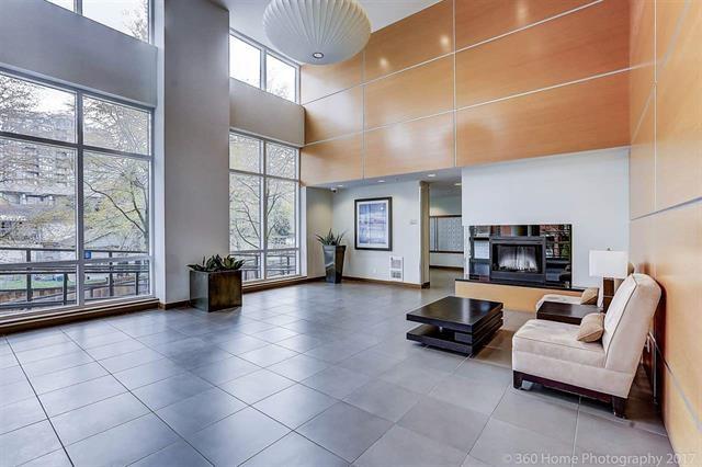 Condo Apartment at 902 9171 FERNDALE ROAD, Unit 902, Richmond, British Columbia. Image 3