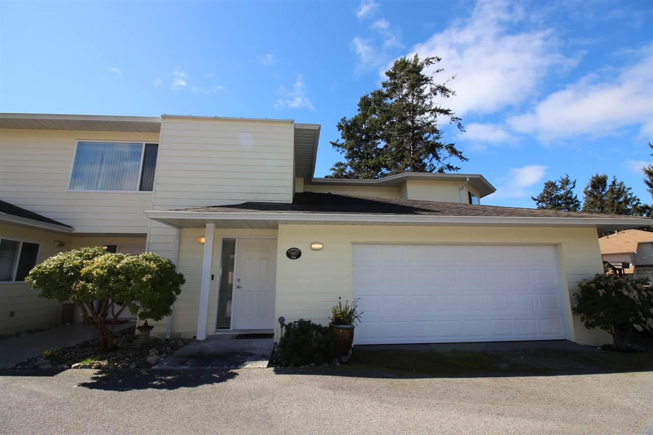 Townhouse at 214 1585 FIELD ROAD, Unit 214, Sunshine Coast, British Columbia. Image 14